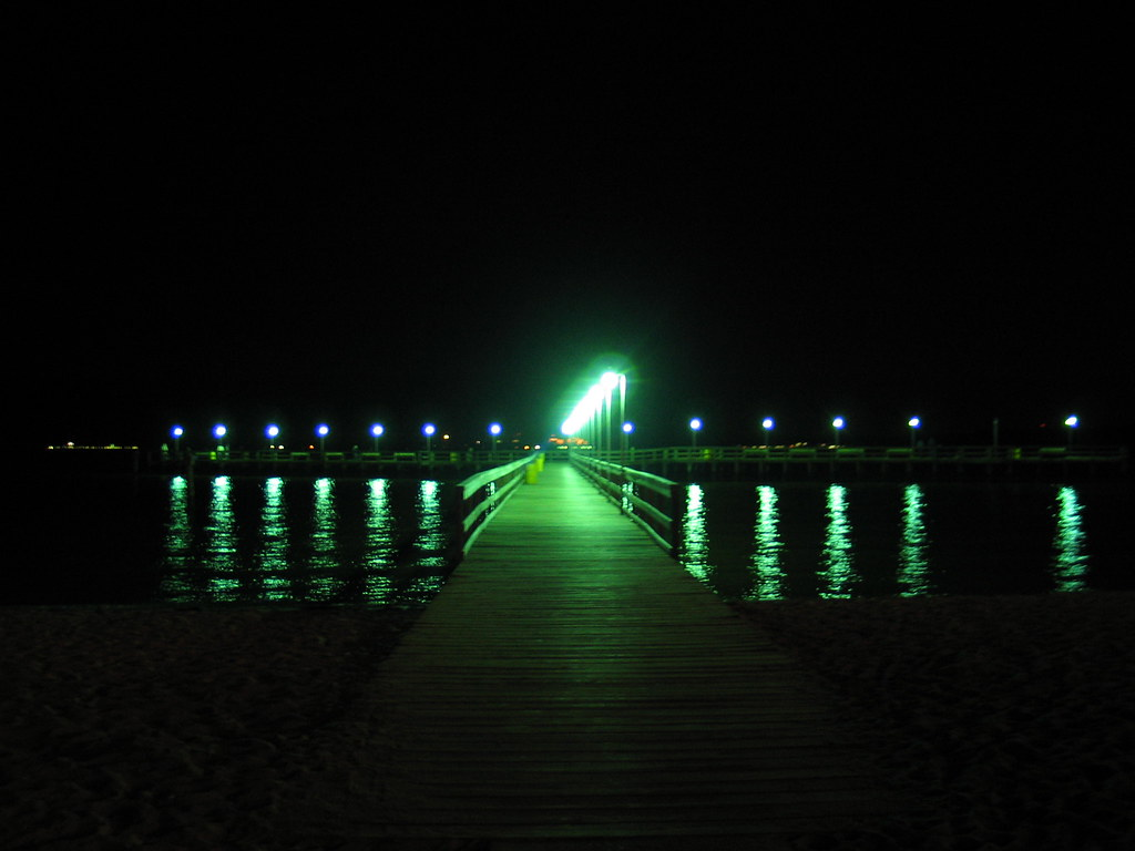 Choosing LED Marine Lighting